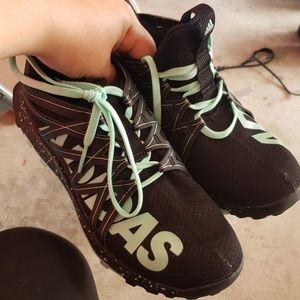 Adidas Bounce Vigor